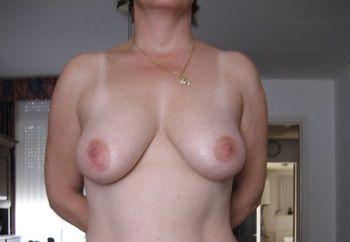 Juat me naked