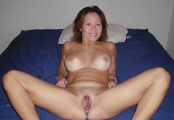 My sexy mature filipina pussy
