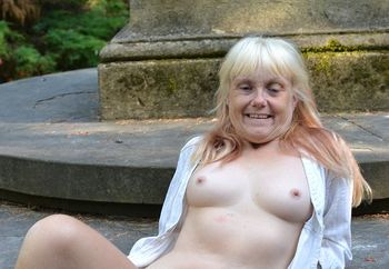 lil minx in the park