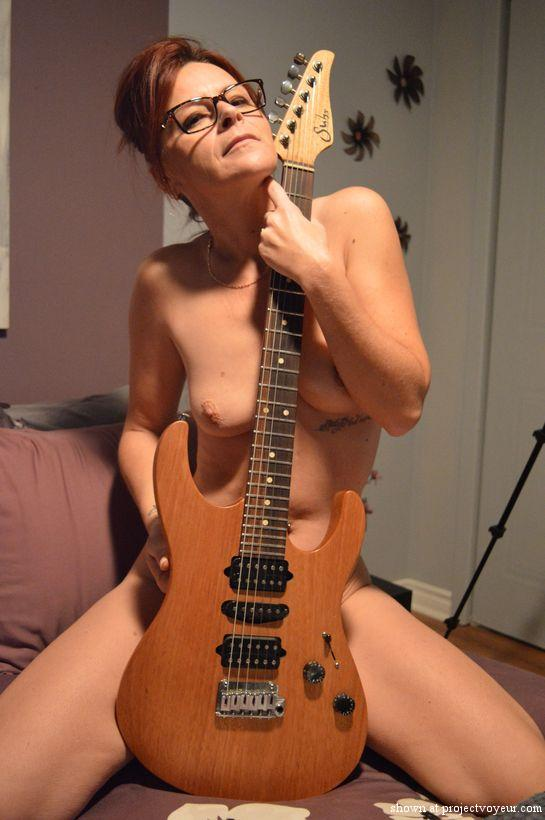 Sexy french milf and guitar - image1