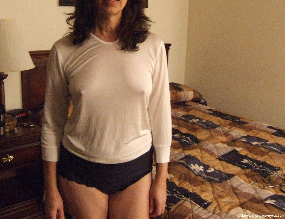 Mature wife hotel poses - image1