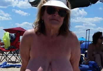 Grandmas Day at beach