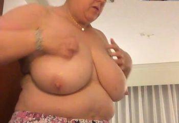 Naked BBW Wifey