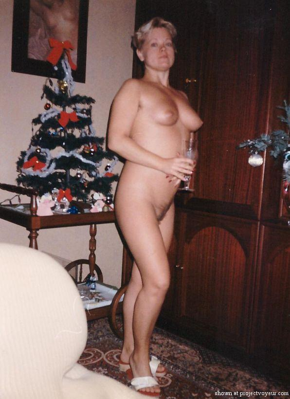 My naked wife 20 years ago - image4
