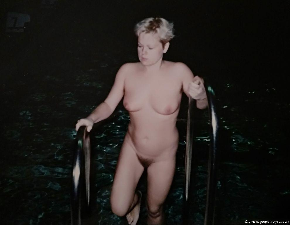 My naked wife 20 years ago - image7