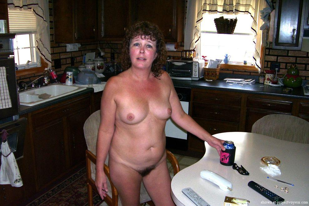 MATURE WIFE - image2
