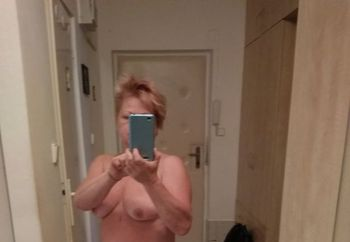 Me naked wife