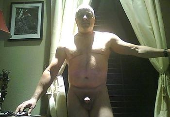 Bill  bi and hot for gay and bi