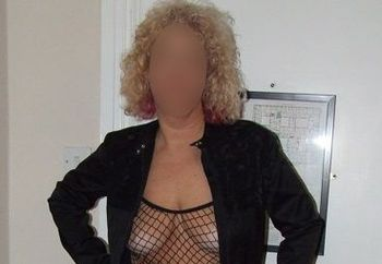Mature Louise - Fishnet and Heels