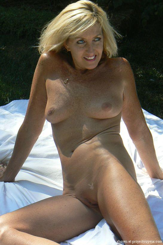 Hot wife - image4