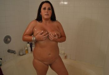 kelly in the shower