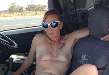 Aussie Milf roadside