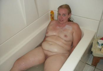 Posing in the bath tube