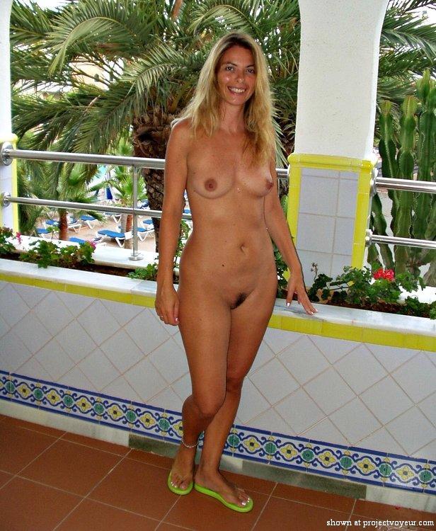 Lara bingle lingerie