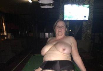 Manchester Babe Paula