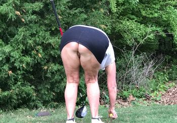 Golfing without panties