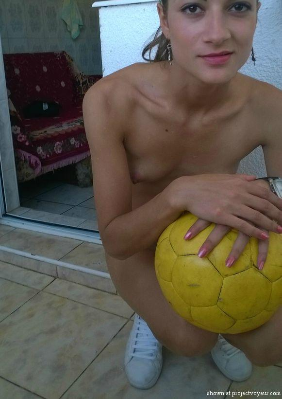 sxygal - ball - image3