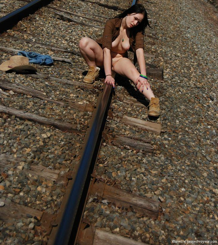 train tracks 2 - image2