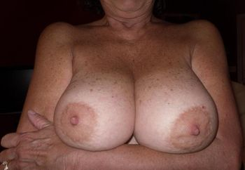 Ddd Mature Tits Photo Album - Amateur Adult Gallery
