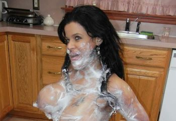 Latina MILF Angel gets messy