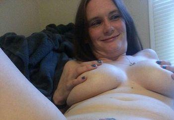 Jessica Jaimes buxom babe 2