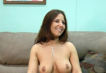 Curvy MILF Lexxxi shows off her tits
