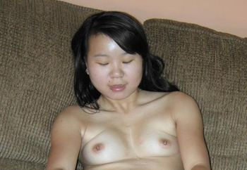 Exotic cutie Jaylynn fucks her pussy