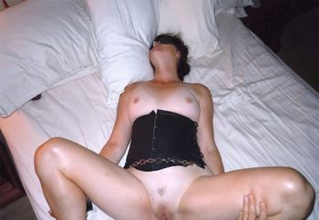 Blindfolded bondage creampie
