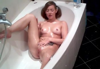 sabbrina dildo bath fun