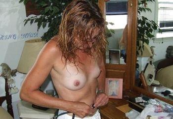 Tara The Nudist