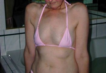Wife I Pink Bikini