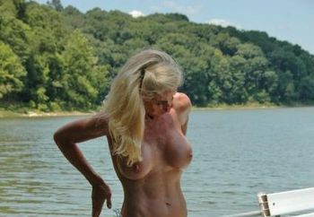 Thewife: A Day At The Lake