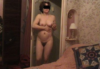 Mature Lady Caught On Hidden Cam (2)