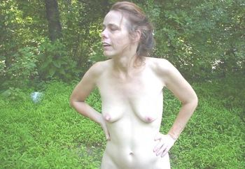Nip: Debbie In The Woods