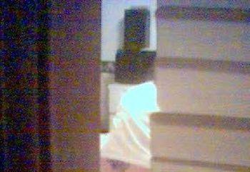 Peeping Phone Pix