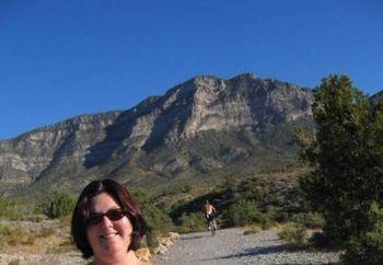Nip: Julie In Vegas