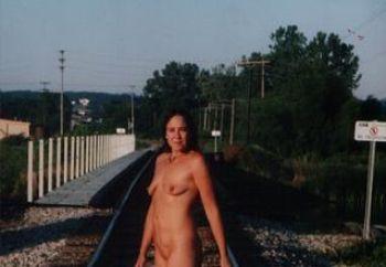 Nip: Showing In Town