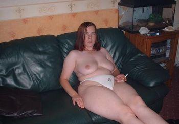 Leeds Wife Poses