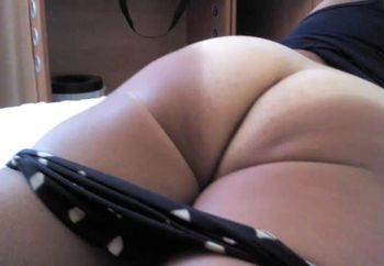 SUPER UPSKIRT NO PANTIE MY WIFE