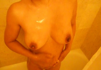 Shower nipples