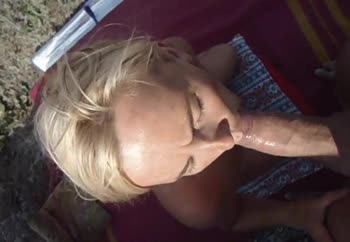 Svetlana, cocksucking outdoors
