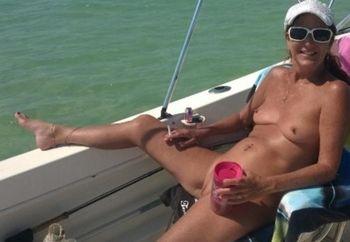 Lakebee Boating in Florida