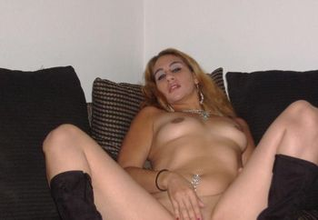 Latin Girl 2