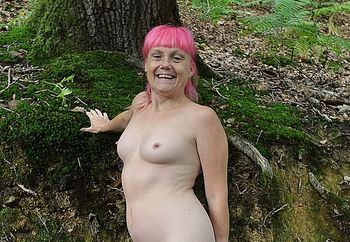 lil minx at the forest