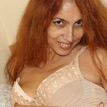 Profile photo for julia_mature